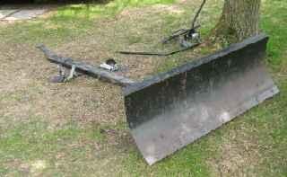 Pelle tracteur gazon neige gravier v hicules for Combien demander pour tondre la pelouse